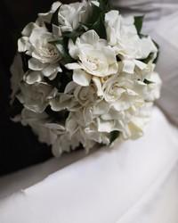 This DIY Cascading Bouquet Is Every Retro Bride's Dream