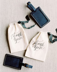 29 Destination Wedding Favors Inspired by Travel