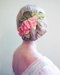 16 Swoon-Worthy Velvet Wedding Ideas