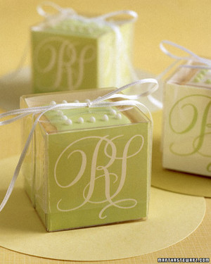 Green Wedding Decorations and Favors