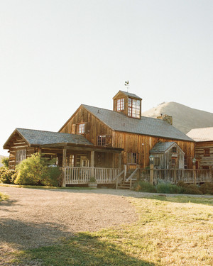 A Rustic, Modern Brown-and-White Wedding on a Ranch in California