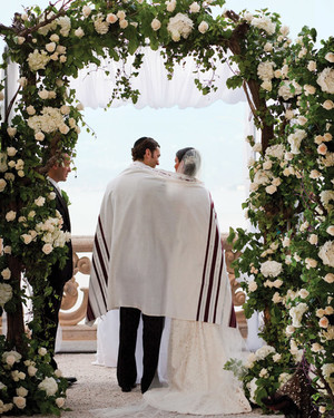 13 Ways to Personalize Your Wedding Ceremony