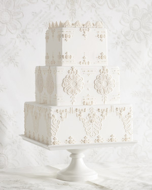 7 Handkerchief-Inspired Wedding Cakes That Are Sew Sweet