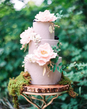 26 Unique Wedding Cake Stands