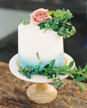 The Prettiest Ombré Wedding Cakes for Couples Who Love Color