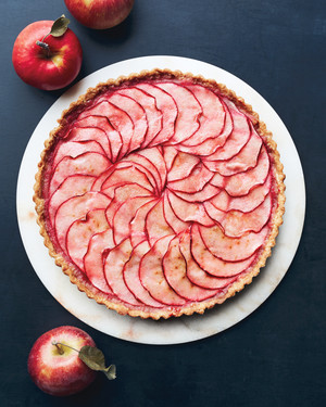 10 Apple Desserts Freshly Picked for a Bridal Shower
