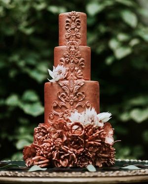 26 Chocolate Wedding Cake Ideas That Will Blow Your Guests Minds