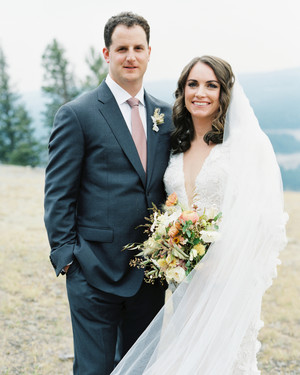 One Couple Planned a Natural, Elegant Wedding Underneath the Montana Sky
