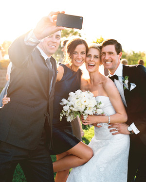 The 10 Social Media Commandments for Your Wedding