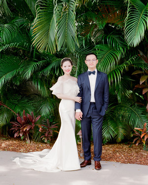 This Refined, Tropical Wedding in Hawaii Will Make You Feel Like You're on Island Time