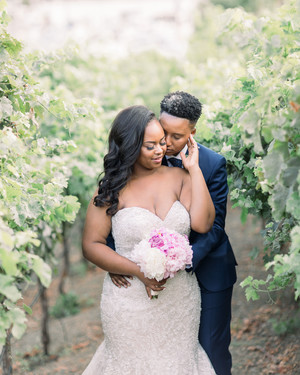 "A Champagne-and-Blush Color Palette for Set the Tone for This ""Rustic Glam"" Wedding in Vallejo, California"