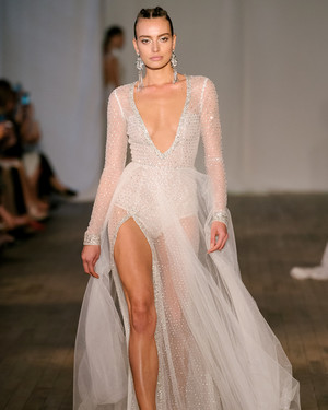 Sexy wedding dresses for brides who want to turn heads martha sexy wedding dresses for brides who want to turn heads junglespirit