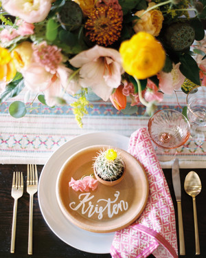 13 Alternatives to Traditional Paper Place Cards