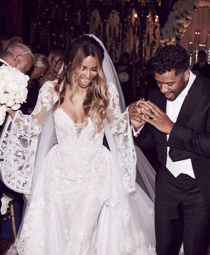 12 Times Beyonce Wore Wedding Dresses Just Because Martha Stewart