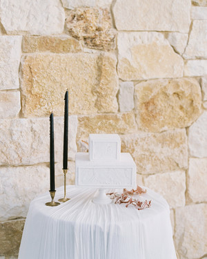 20 Unique Wedding Cake Shapes Contemporary Couples Should Consider