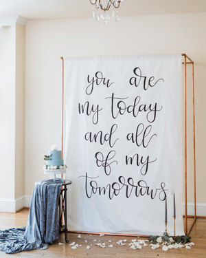 13 new wedding trends to watch for in 2018 according to planners 28 unique ways to show off your favorite quotes at your wedding junglespirit Choice Image