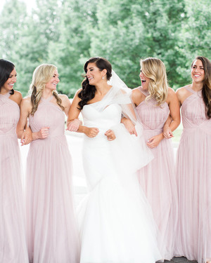 "9 Ways to Use Pantone's Color of the Year ""Rose Quartz"" in Your Wedding"