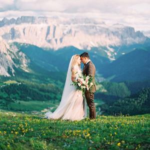 julia franz wedding couple on mountain