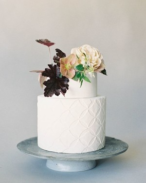 A Trend We're Loving: Textured Wedding Cakes