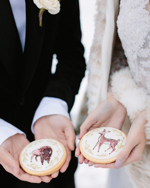 33 Wedding Cookies That Will Sweeten Up Your Dessert Table
