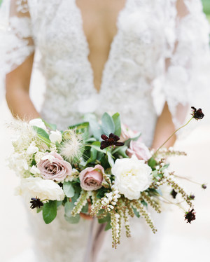 Trending Now: Andromeda Wedding Bouquets