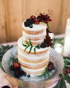 30 Rustic Wedding Cakes We're Loving