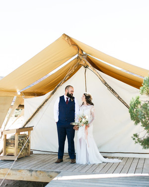 A Desert Wedding in the Canyons of Moab, Utah