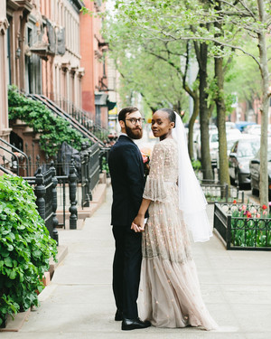 Just 16 Guests Attended This Intimate Wedding at a Brooklyn Brownstone