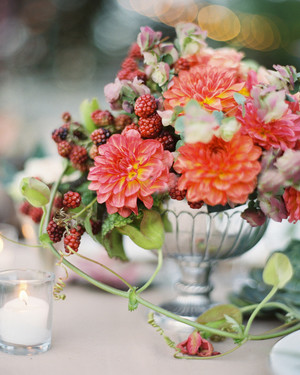 40 of our favorite floral wedding centerpieces martha stewart weddings 66 rustic fall wedding centerpieces junglespirit Image collections