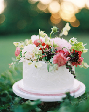 Spring Wedding Cakes That Are Almost Too Pretty to Eat