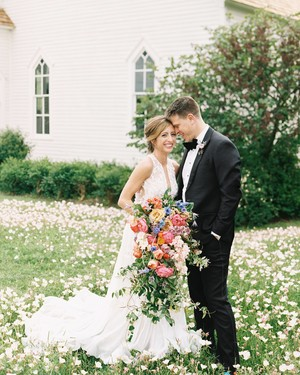 A Flower-Filled Spring Wedding in Texas