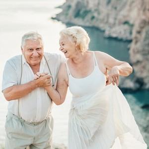 anniversary photo couple