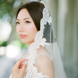 gloria zee wedding bride close up veil
