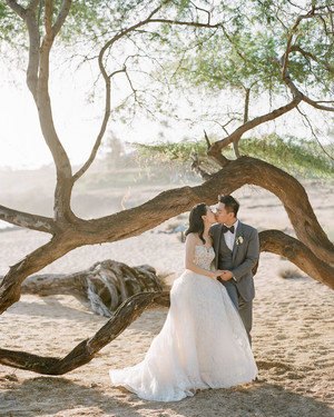 A Pastel Color Palette Ensured This Hawaiian Destination Wedding Was So Romantic