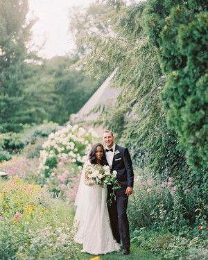 An Intimate Garden Wedding at a Michigan Bed & Breakfast
