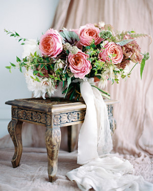 A Peach-and-Pink Garden-Themed Wedding in Brazil
