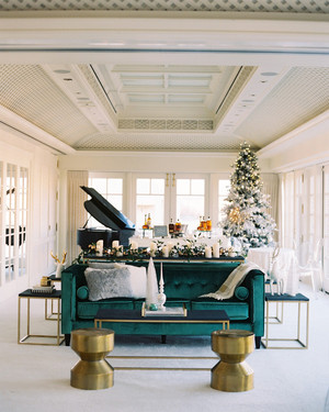 36 Winter Wedding Ideas for a Cozy, Festive Fête
