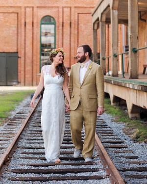A Retro-Inspired Casual DIY Wedding in Georgia
