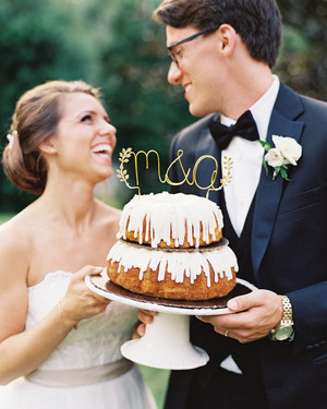 36 of the Best Wedding Cake Toppers
