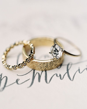 Classic Gold Wedding Bands for Every Type of Bride