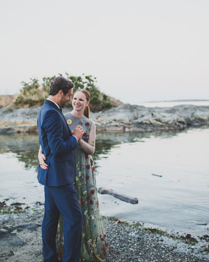 A Flower-Filled Wedding in Victoria, Canada