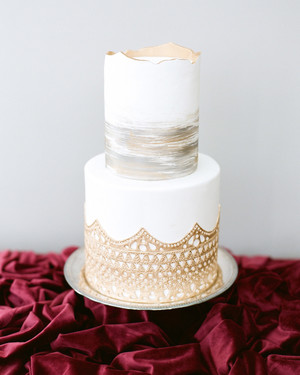 Our Favorite Winter Wedding Cakes