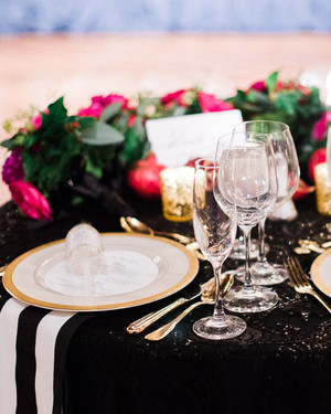 Jewel Toned Wedding Centerpieces That Will Dazzle Your Guests