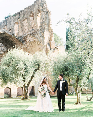 This Italian Wedding Features A Historic Venue And One Amazing View
