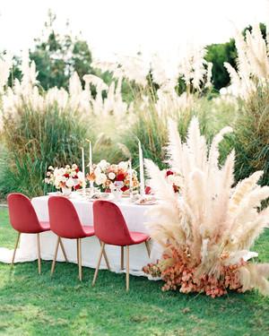 Trending Now: Pampas Grass Wedding Ideas