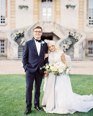 This Romantic Destination Wedding Took Place in a Parisian Castle