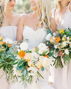 11 Dos and Don'ts for Choosing Your Bridesmaids' Bouquets