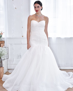 Oscar De La Renta Fall 2018 Wedding Dress Collection Martha