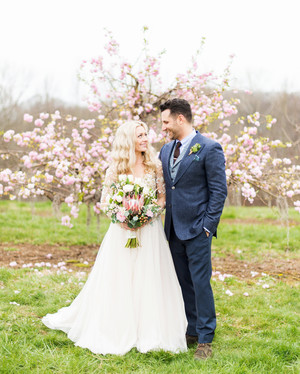 20 Tips for Throwing the Ultimate Spring Wedding