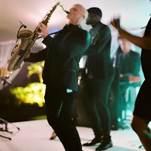 stephanie nikolaus wedding band